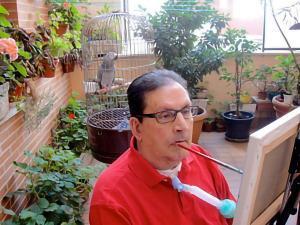 Luis Lorenzo Navarro, artista de la Asociación de Pintores con la Boca y con el Pie
