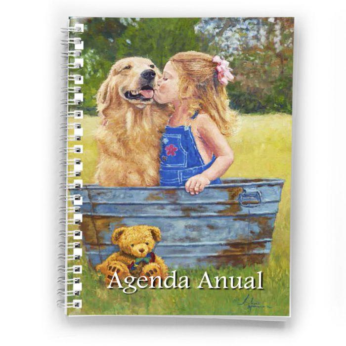 agenda anual anillada niña besando a perrito